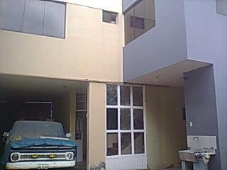 Paucarpata casa de 2 pisos