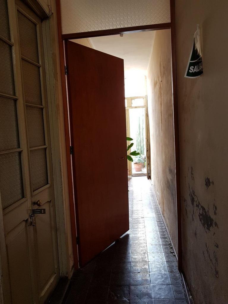 VENDO CASA EN EL CENTRO CERCADO CALLE BOLIVAR DE 126M2 IDEAL UN NEGOCIO