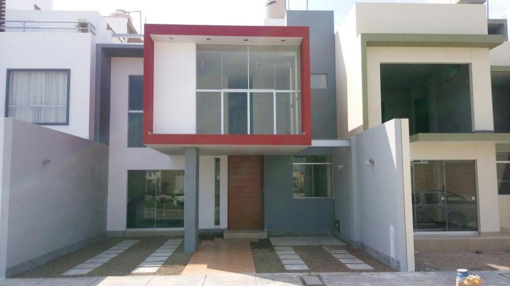 Alquiler de casa camino a Pimentel en