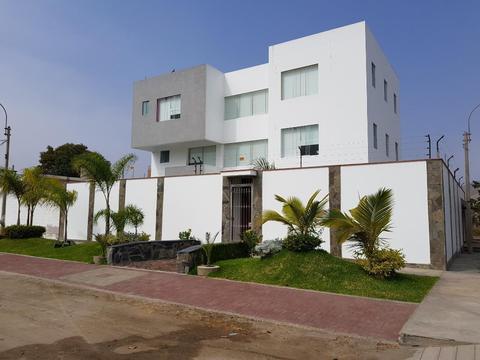 Casa de Playa 400m2 San Bartolo Piscina