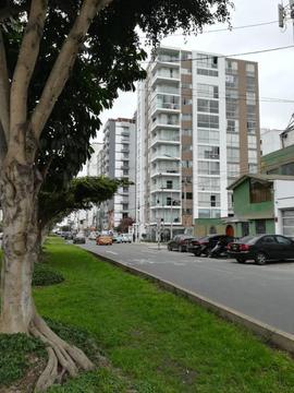 VENTA DE DEPARTAMENTO DUPLEX EN SURQUILLO