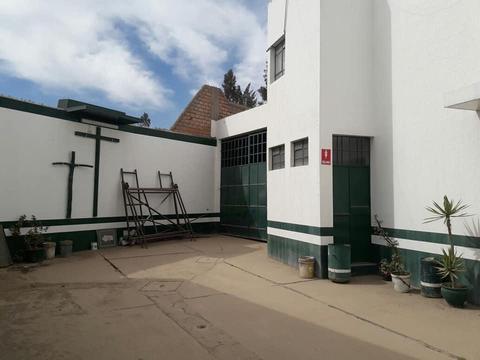 Otros · 2800m2 · 5 Dormitorios · 4 Estacionamientos KILOMETRO , Sachaca