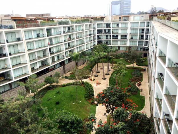 • EXCLUSIVO DEPARTAMENTO DE 136 m2 EN CONDOMINIO SHAMROCK EL POLO, SURCO