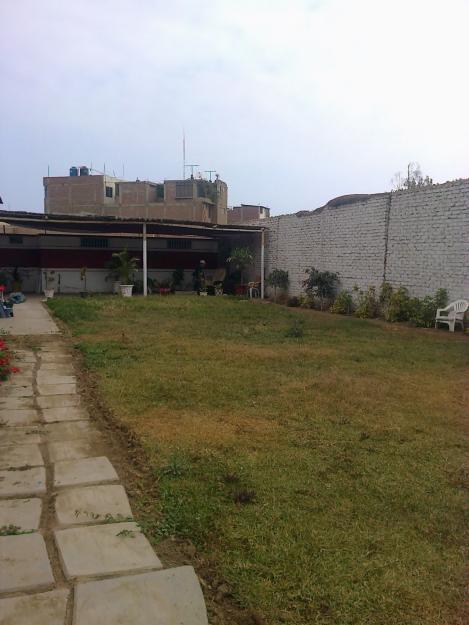 Buen Terreno 210 m2 cerca de Av. Perú y cerca Mdo. Unión