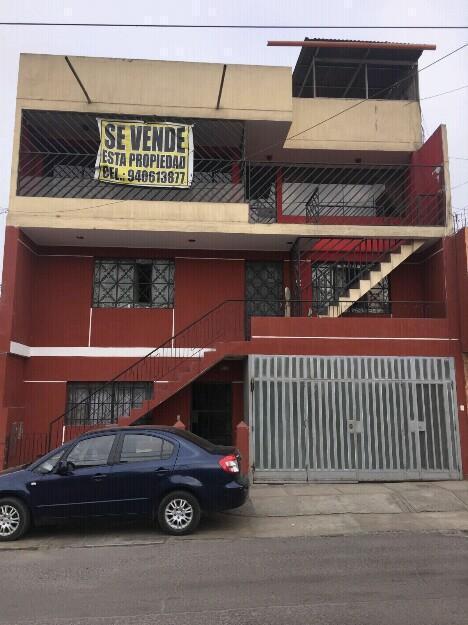 Vendo Casa de 3 pisos en San Juan de Miraflores
