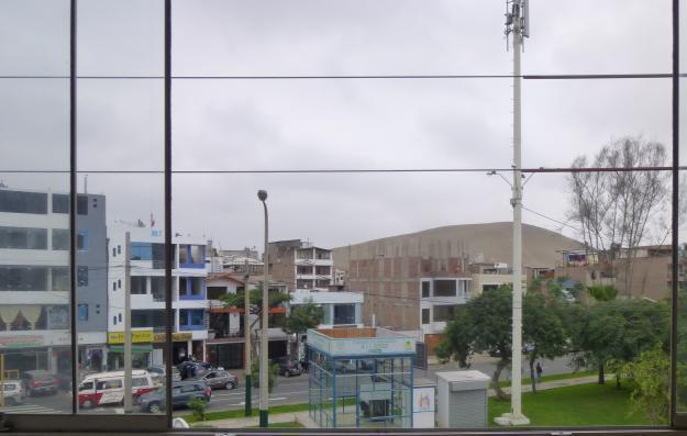 ALQUILO OFICINA Y DEPARTAMENTO EN ZONA COMERCIAL