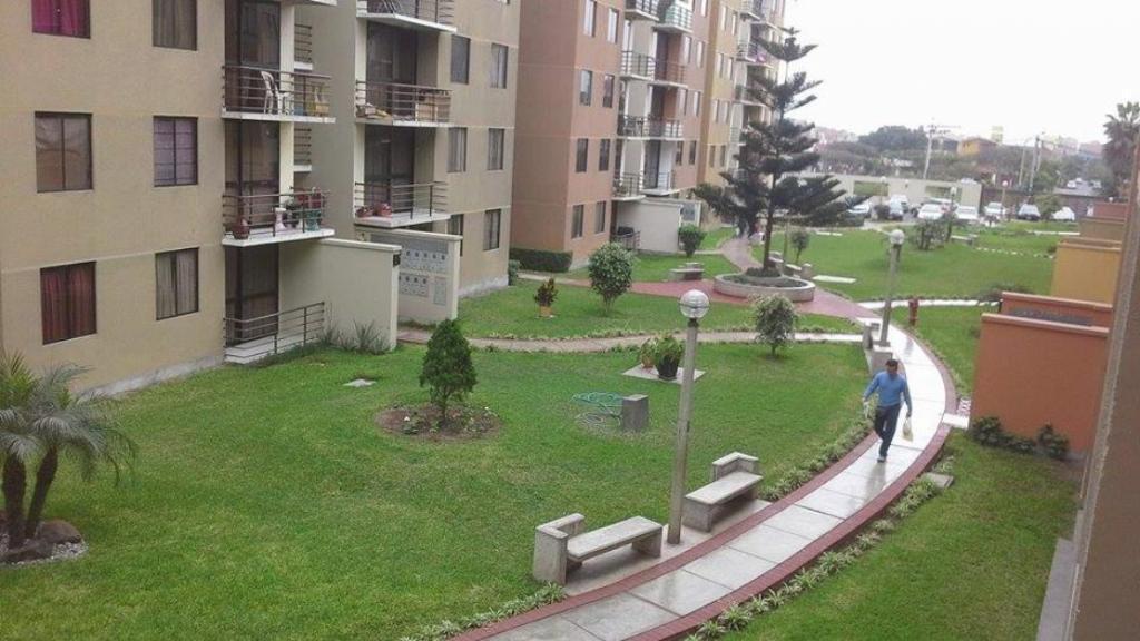 Departamento en Condominio Los Parques de Surco 1 con cochera