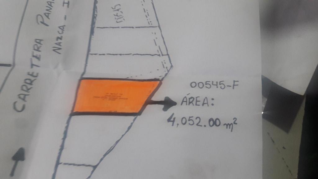 TERRENO AREA 4052 M2