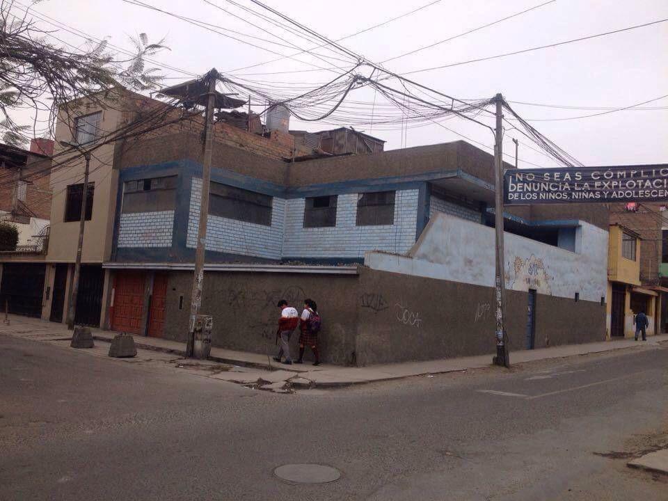 Propiedad en San Juan de Miraflores Zona Comercial