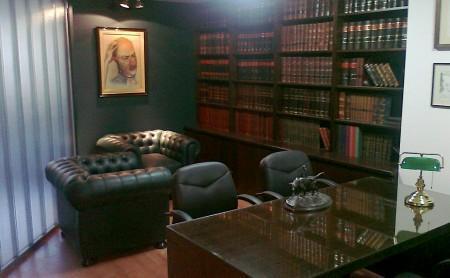 traspaso urgente estudio jurídico a 2,000 dolares